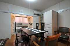 シェアハウスのリビングの様子2。(2011-07-13,共用部,LIVINGROOM,1F)