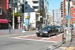 東京メトロ千代田線・千駄木駅前の様子。(2017-02-21,共用部,ENVIRONMENT,1F)