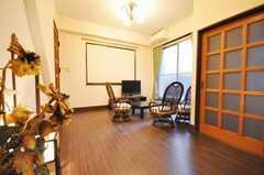 シェアハウスのラウンジの様子。(2010-02-03,共用部,LIVINGROOM,1F)