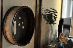 電気のスイッチは桶の中に。(2010-08-16,共用部,OTHER,2F)