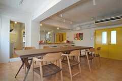 ダイニングテーブルの様子。(2011-08-10,共用部,LIVINGROOM,3F)
