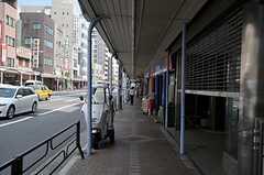 シェアハウスの前にある、かっぱ橋道具街の様子。(2011-08-10,共用部,ENVIRONMENT,1F)