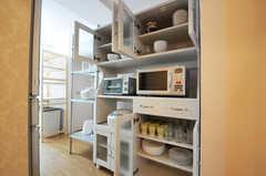 食器棚の扉を開けると、こんな感じに。(2011-03-01,共用部,KITCHEN,2F)