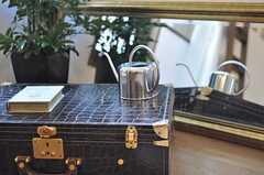 インテリアとしてのトランク。(2011-02-03,共用部,OTHER,2F)