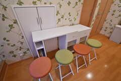 ダイニングテーブルはスペースを広げることができます。(2017-10-11,共用部,LIVINGROOM,1F)