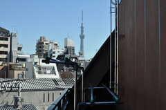スカイツリーもばっちり見えます。(2012-10-19,共用部,OTHER,5F)