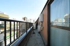 ベランダの様子。(401号室)(2012-10-19,専有部,ROOM,4F)