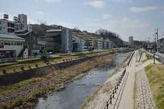 シェアハウスの目の前は大栗川です。(2015-02-21,共用部,ENVIRONMENT,1F)