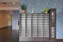 スリッパ専用の靴箱も、部屋ごとに設けられています。(2012-04-18,周辺環境,ENTRANCE,1F)