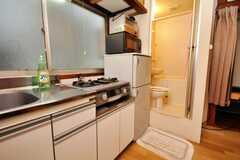 キッチンの様子。(103号室)(2009-06-04,共用部,KITCHEN,1F)