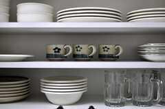 食器は和物、洋物揃えられています。(2012-02-15,共用部,KITCHEN,1F)