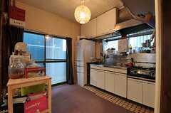 キッチンの様子。(2012-02-15,共用部,KITCHEN,1F)