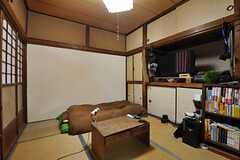 専有部の様子2。※備品は住人さんの物です。(101号室)(2012-02-15,専有部,ROOM,1F)