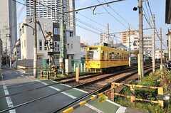 路面電車・都電荒川線がはしっています。(2014-04-09,共用部,ENVIRONMENT,1F)