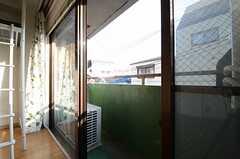 ベランダの様子。(302号室)(2013-02-14,専有部,ROOM,3F)