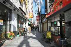 各線駒込駅前の商店街の様子。(2010-02-09,共用部,ENVIRONMENT,2F)