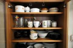 食器の様子。(2010-08-06,共用部,KITCHEN,1F)