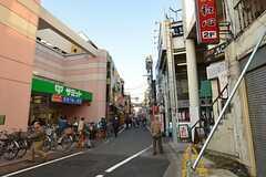 西武池袋線・椎名町駅の周辺の様子。(2014-11-15,共用部,ENVIRONMENT,1F)