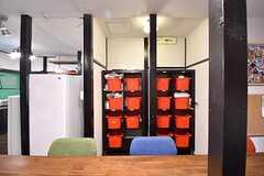 収納の様子。専有部ごとに収納スペースが決められています。(2017-01-18,共用部,KITCHEN,1F)