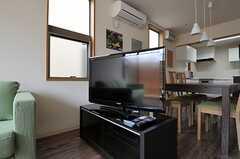 共用TVの様子。(2012-02-22,共用部,TV,1F)