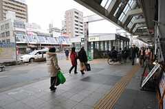 各線・巣鴨駅の様子。(2012-02-22,共用部,ENVIRONMENT,1F)