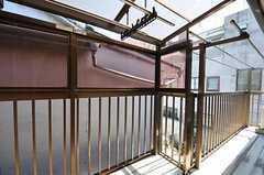 ベランダの様子。(203号室)(2011-04-04,専有部,ROOM,2F)