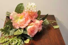 共用部に飾られた花の様子。(2011-10-29,共用部,OTHER,1F)