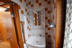 トイレ内の洗面台。(2019-08-20,共用部,OTHER,2F)