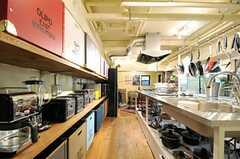キッチンの様子2。(2013-03-21,共用部,KITCHEN,1F)