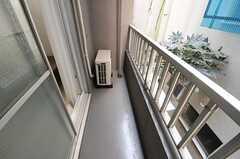 ベランダの様子。(202号室)(2013-03-21,専有部,ROOM,2F)