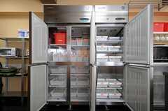 冷蔵庫の様子。(2010-04-09,共用部,KITCHEN,1F)