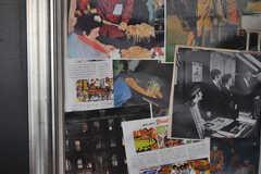 キッチンに飾られたアートワークの様子。ビートルズです。(2012-04-09,共用部,KITCHEN,1F)