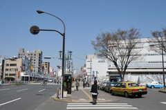 各線・巣鴨駅前の様子。(2012-04-24,共用部,ENVIRONMENT,1F)