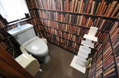 601、602号室で使えるトイレの様子。(2012-12-03,共用部,TOILET,6F)