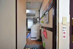 玄関から見た内部の様子。(2016-07-19,周辺環境,ENTRANCE,1F)