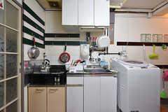 キッチンの様子。(2016-07-19,共用部,KITCHEN,1F)