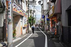 西武池袋線・東長崎駅前から続く商店街。(2016-07-19,共用部,ENVIRONMENT,1F)
