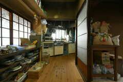 奥がキッチンです。(2019-11-13,共用部,OTHER,1F)