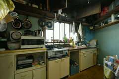 キッチンの様子。(2019-11-13,共用部,KITCHEN,1F)